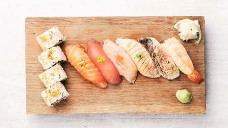 Sushi moriawase - 10 bitar.JPG