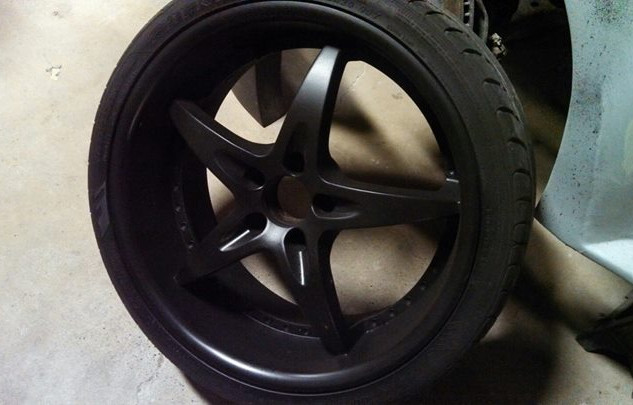 Painted a wheel to the corvette..all bla