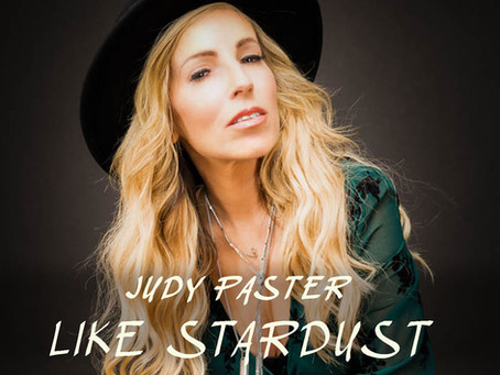 """GUITAR GIRL MAGAZINE Interview:  """"I'm a very stardusty kind of person."""""""