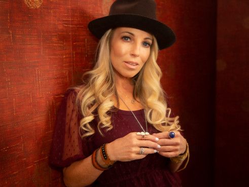 Read my 'NASHVILLE MUSIC GUIDE' Feature!