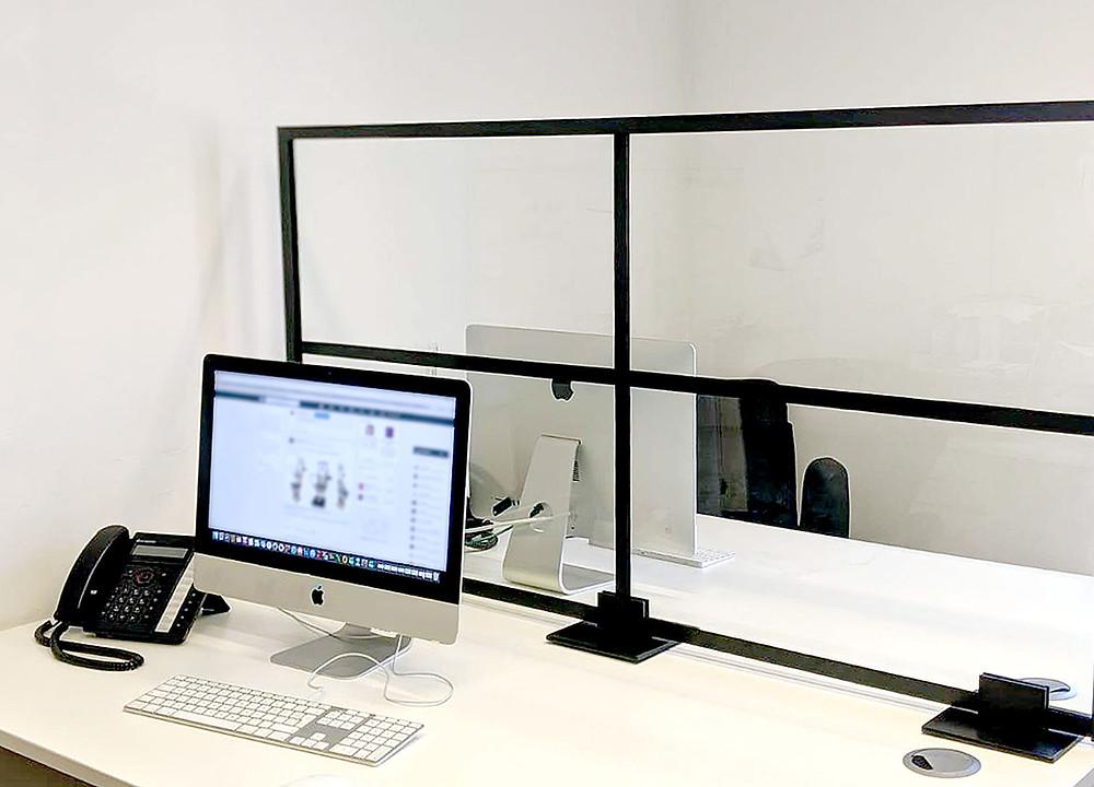 Free standing desk panel