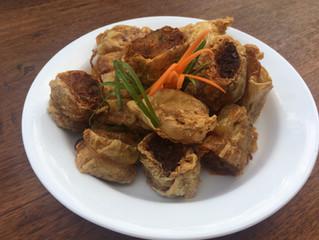 Deep fry crispy crab rolls