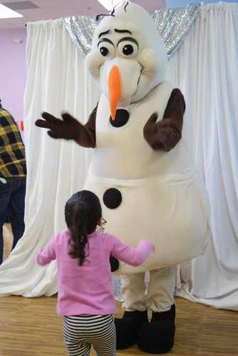 Olaf Snow Party