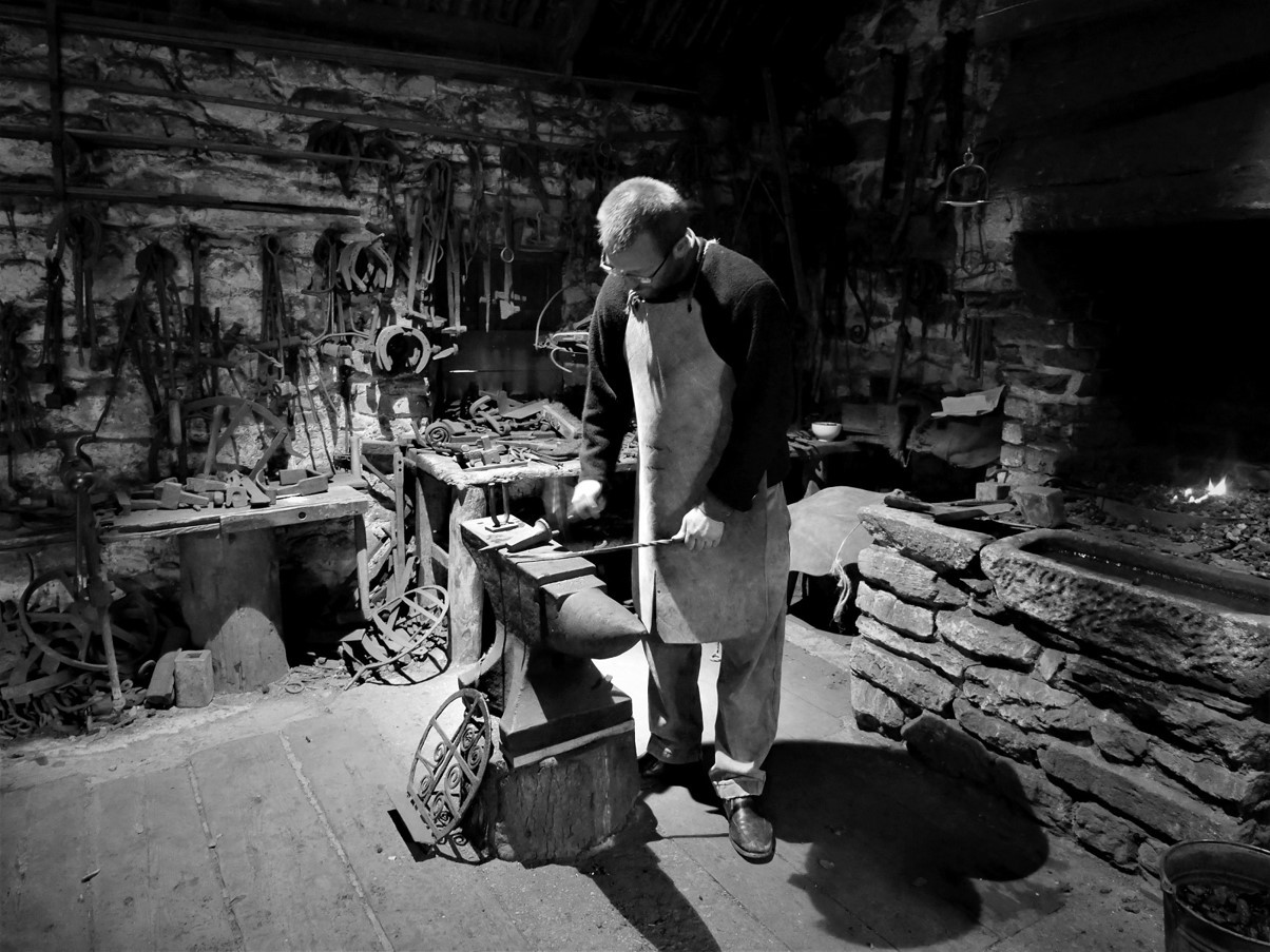 MONO - The Blacksmith by Marie Brennan (9 marks)