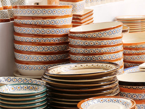 TIPS ON HOW TO PACK DISHES AND GLASSWARE