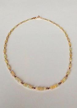 #1139 Opale éthiopienne, remplie d'or