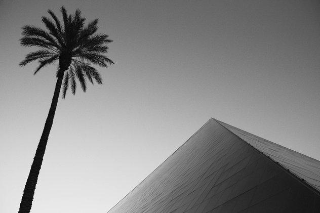 LV Luxor-2.jpg