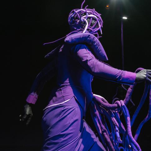 #MarySibandeVR-x-#TMRW_Gallery-Installat