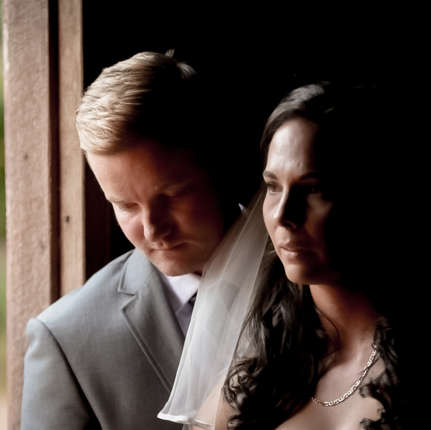 Newly weds at Gabbinbar Homestead, Toowoomba