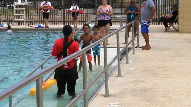 Swim School White Star - Aida (SAI curriculum)