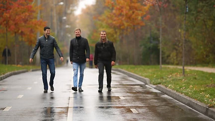 Walk & Talk therapy for men Paris.jpg