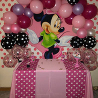 Minnie mpuse party 1 year old.jpg