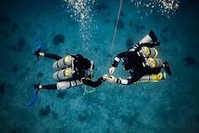 Tec diving, decompression stop.jpg