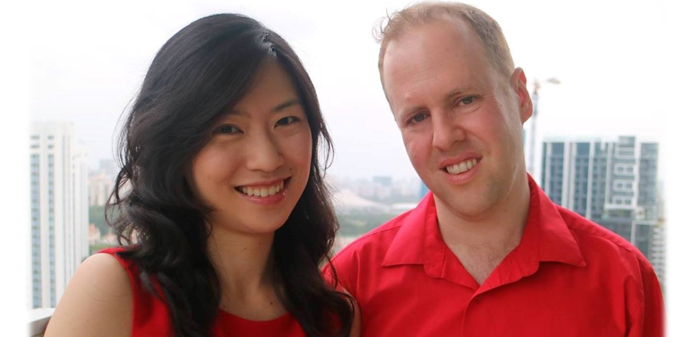 Tom and Hannah in Sg.png