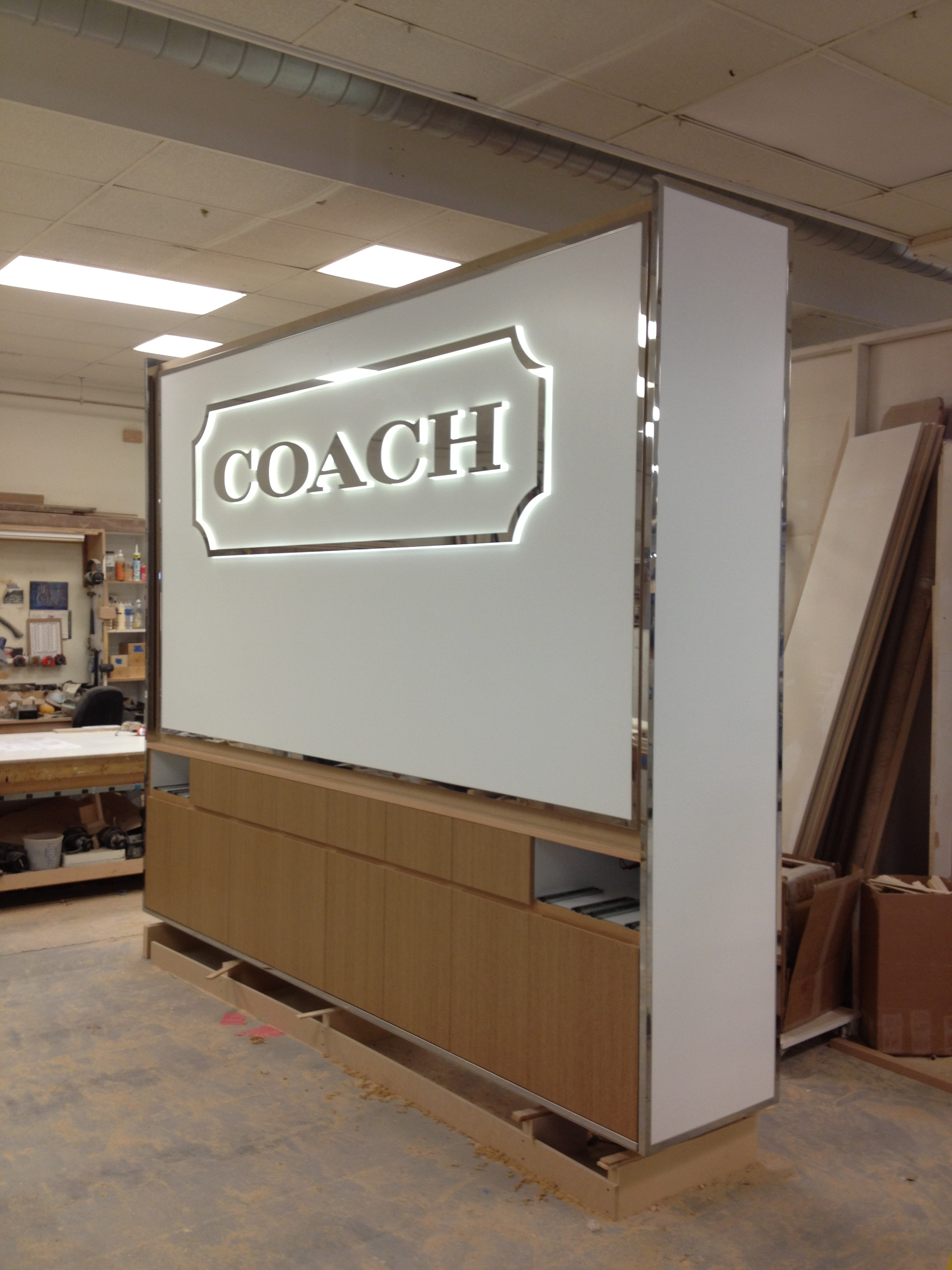 COACH Display