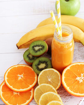 delicious-juice-made-with-various-fruits