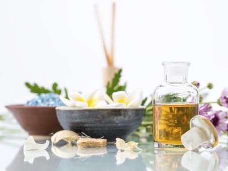Aroma & phytothérapie : les bienfaits des huiles essentielles.