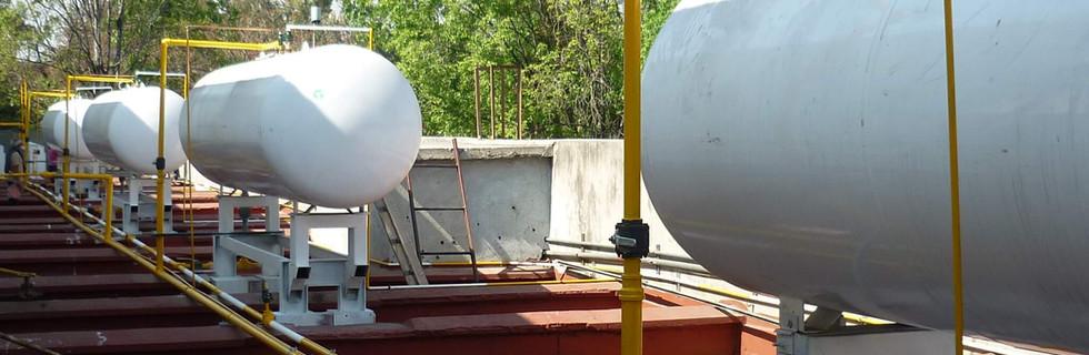 Instalación y maniobra de tanques