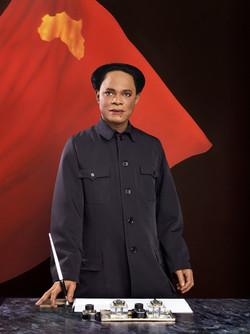 "Serie ""Emperor of Africa"" - Phot. Samuel Fosso"