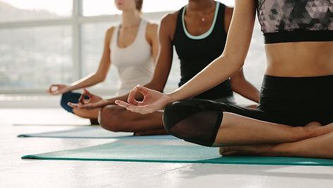 ioga bom para estresse e infertilidade.j