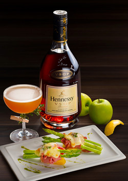 Hennessy Pariing 03_B_01_small
