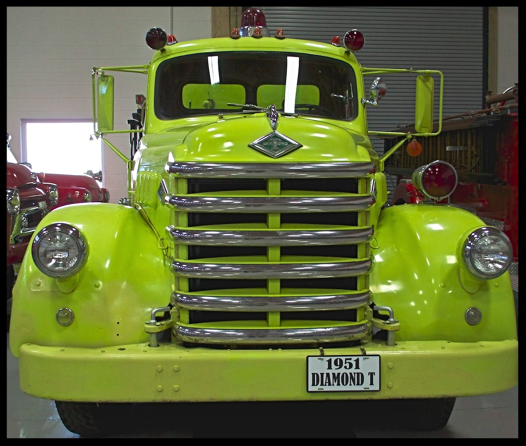 1951 Diamond T Pumper