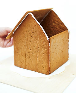 Building your KalenderHaus gingerbread house