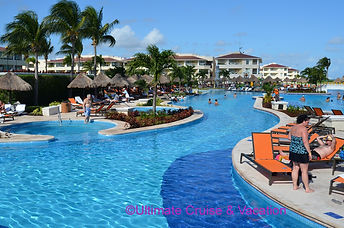 Moon Palace Cancun long spacius pools