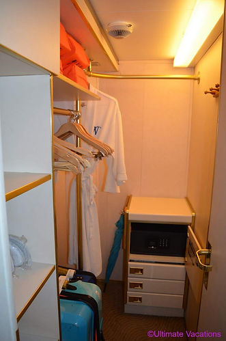Windstar Star Breeze walk-in closet.jpg