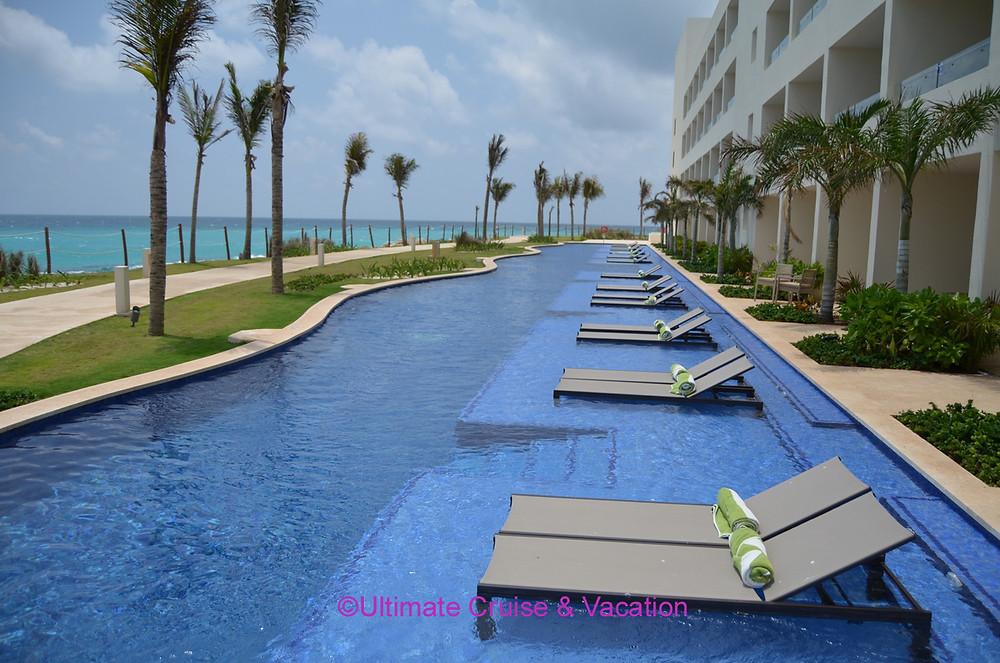 Hyatt Ziva Cancun Swim-up Suites