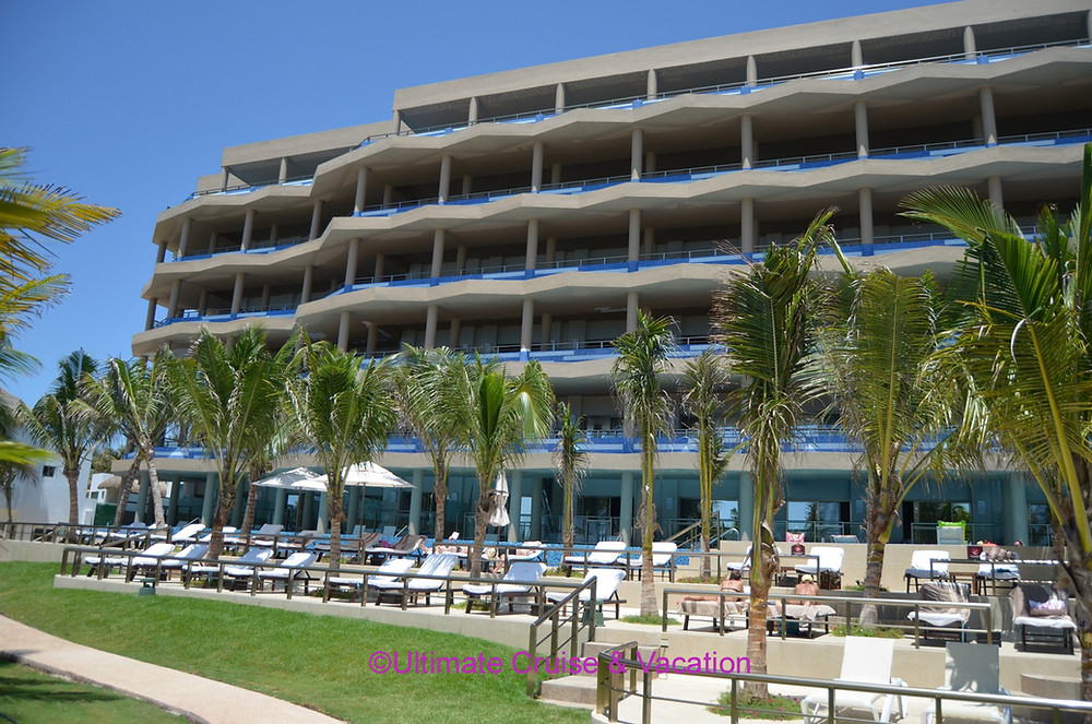 Infinity Section view from beach, El Dorado Seaside Suites