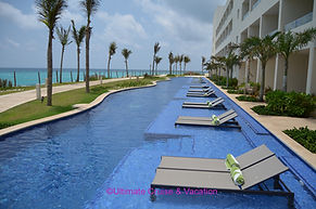 Oceanfront Swim-up Suites @ Hyatt Ziva Canun
