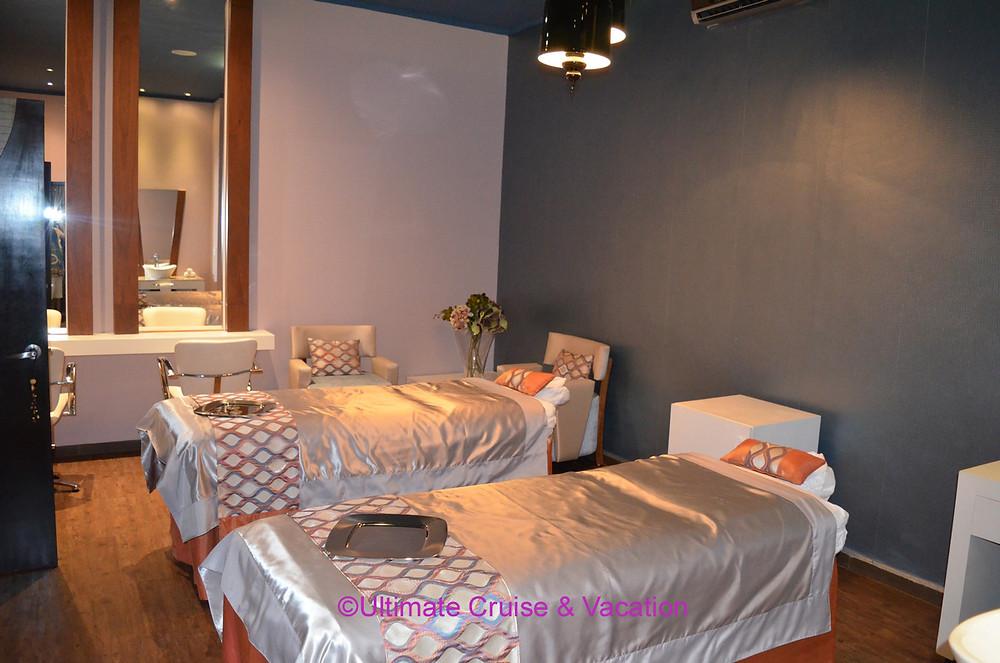 Couples spa cabin, El Dorado Royale
