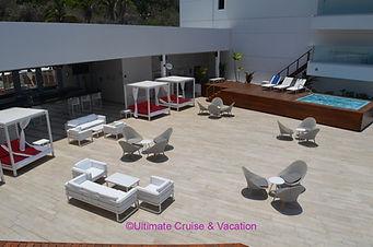 DJ Party nightly - Divina Lounge, Grand Fiesta Americana