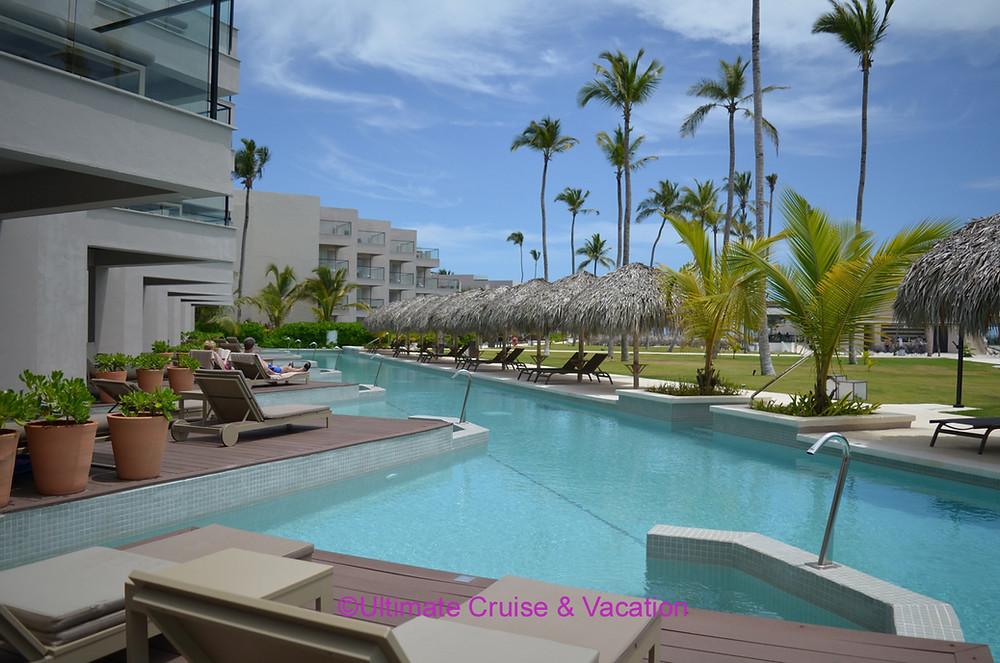 Swim-up Suites @ Excellence El Carmen in Punta Cana.