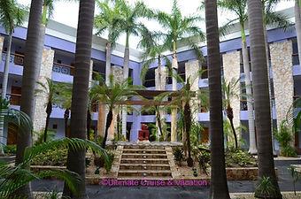 Courtyard, Iberostar Paraiso Maya