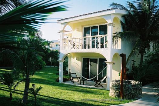 Beachfront Jacuzzi Jr Suite in Palms Section, El Dorado Seaside Suites