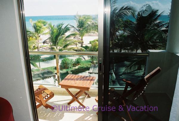 El Dorado Royale 3rd floor Beachfront Suite balcony view