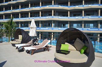 Pool deck area, El Dorado Seaside Suites