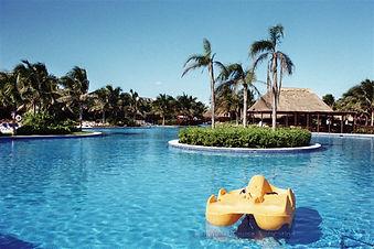 Valentin Imperial Maya fabulous pool area