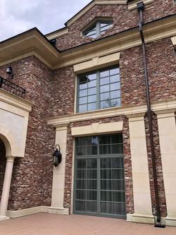 Дом с колоннами