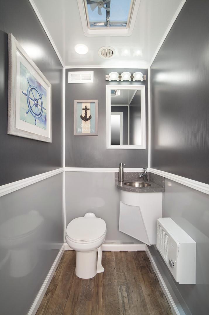 Four Stall Interior.jpg