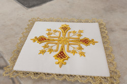 White Chalice pall with gold cross