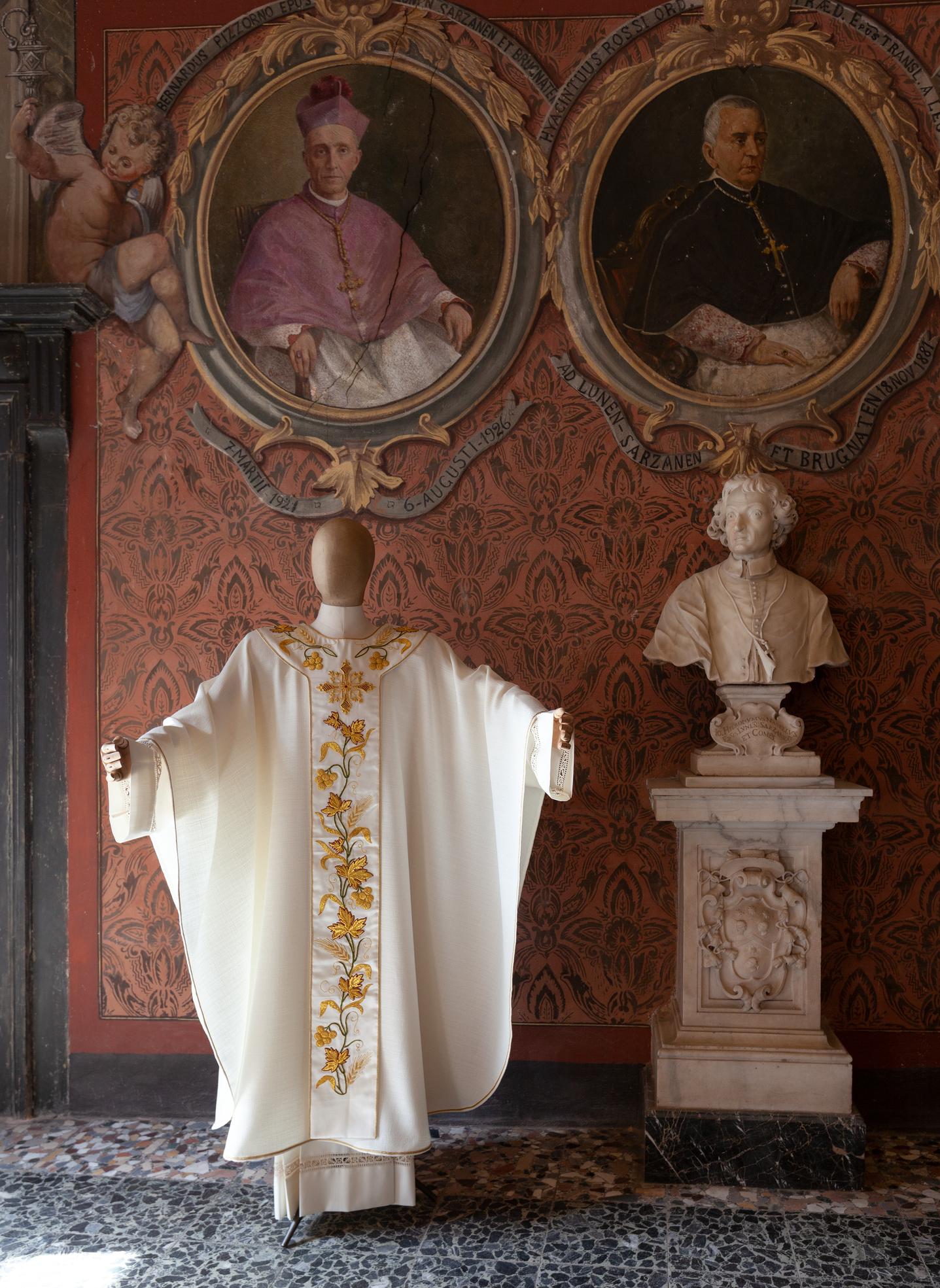 casula per ordinazione sacerdotale ricam