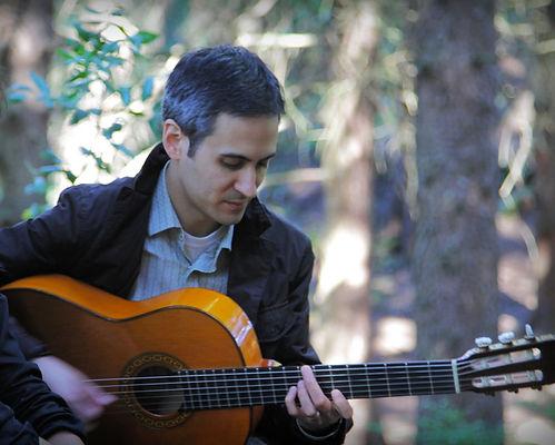 Flamenco guitarist Nat Hulskamp