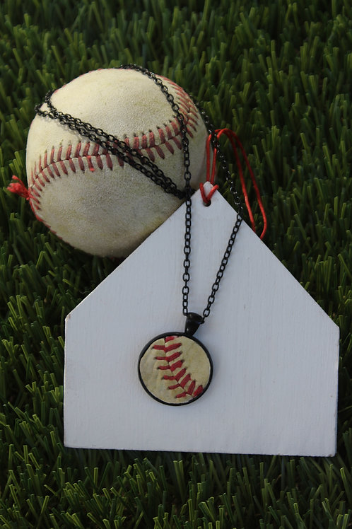 18″ – 20″ Adjustable Chain – Black with 1″ Baseball Leather Pendant
