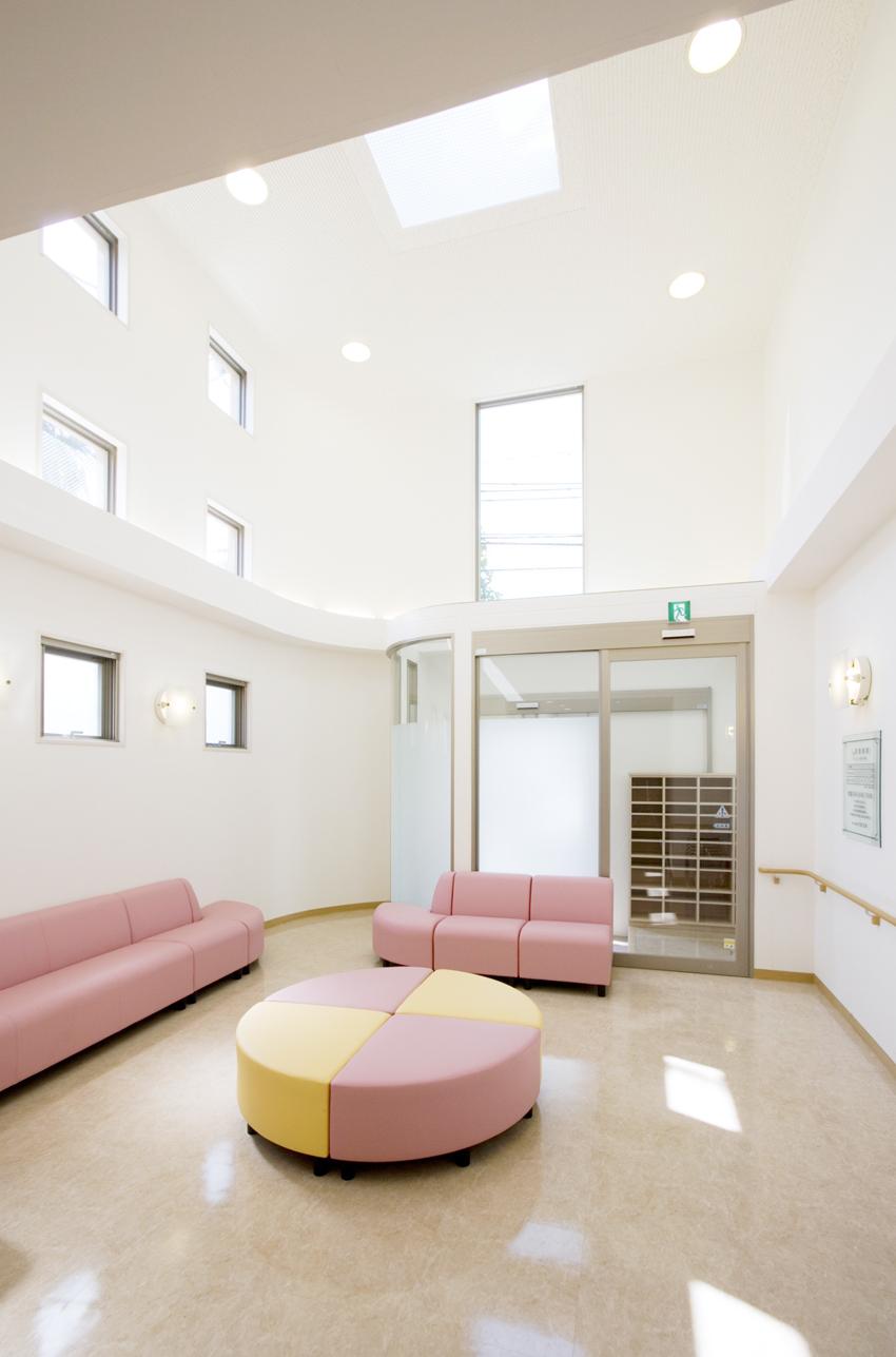 苅部医院待合室2