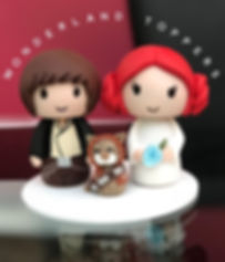 Han Solo and Princess Leia with chewbacca cat weding cake toppers