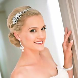 Bridal Hair up and Glamorous Makeup