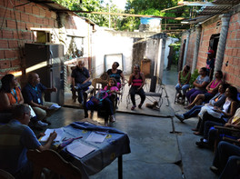 Reunión con líderes comunitarios